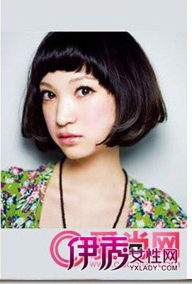 发型/适合女生头发少的发型 让发型丰盈起来