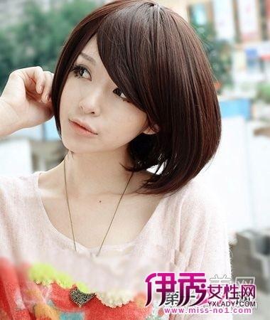 斜刘海直中短发,甜美动人,适合淑女气质的女生.图片