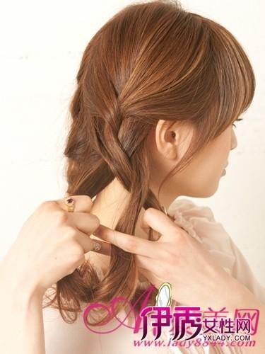可爱 发型 盘发/步骤3:编麻花辫