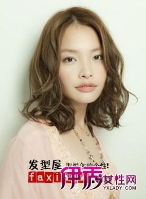 八款流行的女士中短卷发发型图片(3)_流行发型