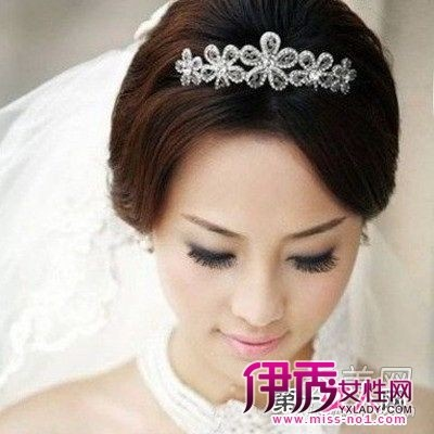 日系简单新娘盘发发型-8款最新最时尚的新娘盘发发型 温婉动人图片