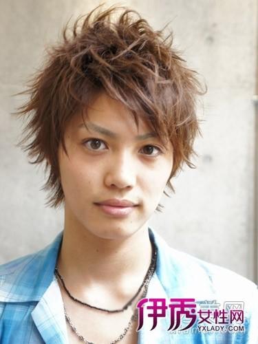2011最酷男生发型 凌乱短发男士最爱
