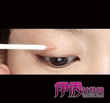 教你如何把单眼皮画成双眼皮图片