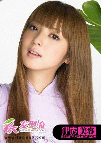 齐刘海女生中长发发型图片