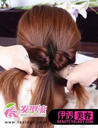 头发 盘发 发型 韩式 diy/Step5:把头发分成三股编麻花辫。