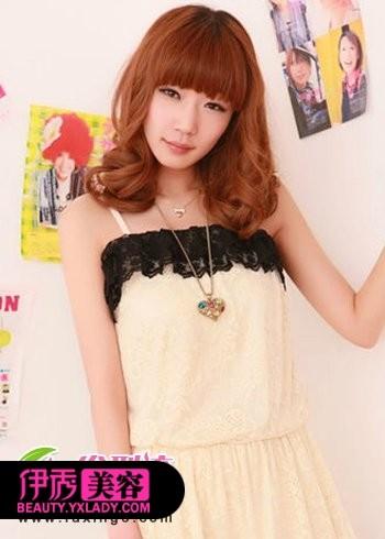 齐刘海发型+中长发梨花头-大热齐刘海发型 时尚可爱显气质图片