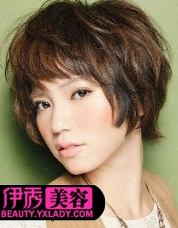 短发烫发头型图片女生-短发螺丝烫发型图片-30一40岁