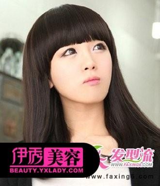 齐刘海中长发梨花头发型