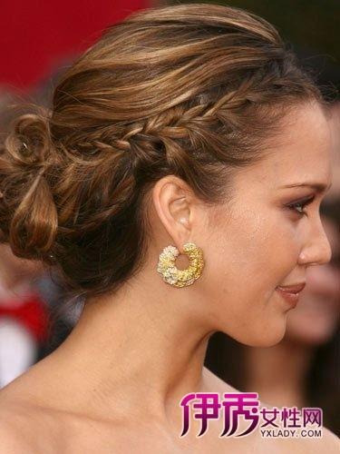 鱼尾辫的新娘 欧美明星新娘发型