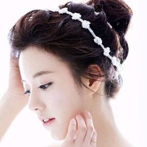 学习韩美妞潮发 韩式盘发教程 无论是韩风服装还是妆扮图片
