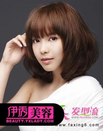 将女生短发加入烫发发型设计