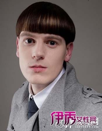 男生短发发型图片 齐刘海 短发 发型设计 图片   超帅气的一款短直发图片