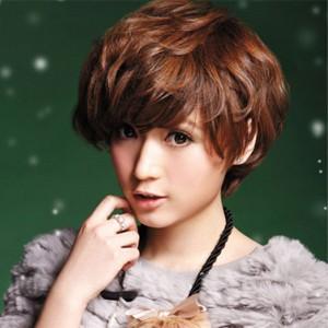 3中短发烫发女发型 2014中短发烫发女发型 中短发烫发发型小卷女图片