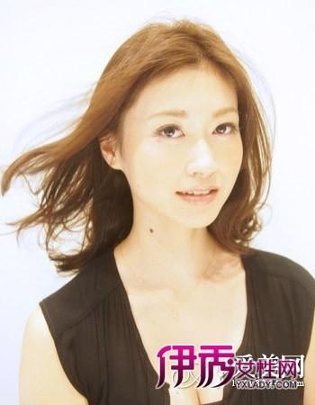 气质长发发型图片增添女人味图片