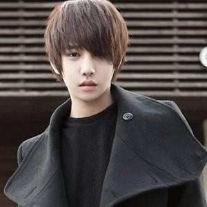 2014花美男生斜刘海发型名称和图片