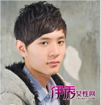 美容 发型 流行发型 / 正文  清爽自然的短发发型对于男生来说是最兴图片