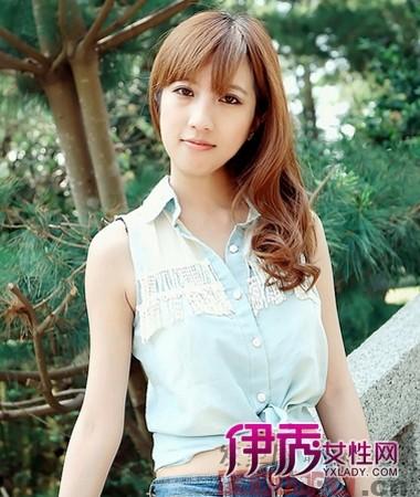 韩式美腻中长发烫发发型图片