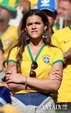 内马尔女友大哭_内马尔受伤女友大哭内马尔伤了巴西队悬了合