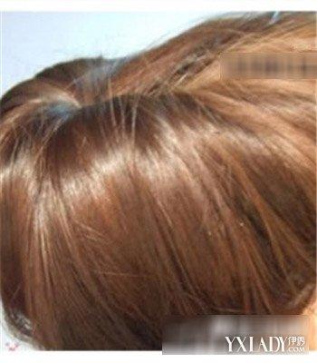 简单韩式盘发教程图解 安静的做个优雅女人图片