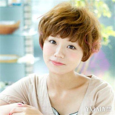 【图】圆脸适合短发发型 圆脸女生的修颜秘诀 气质短发清新瘦脸图片