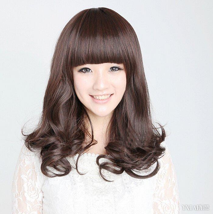 韩国短卷发发型图片1图片