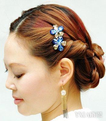 【图】简单的卷发盘发 高贵有气质中年女士发型怎么盘