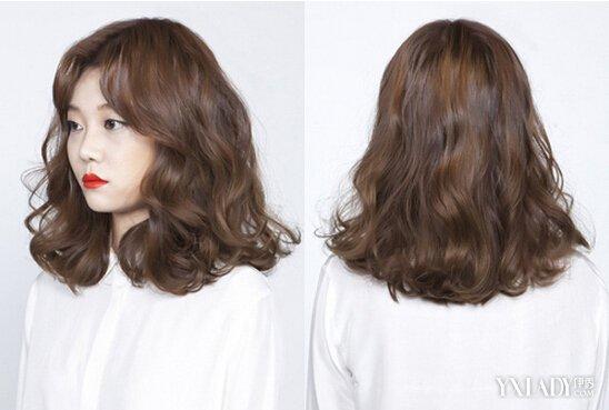 【图】发型图片女 2018韩式中长发发型 烫卷更显迷人气质图片