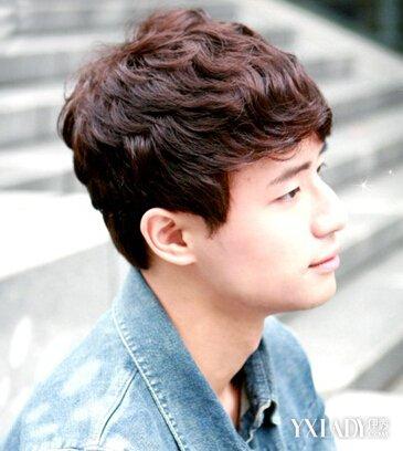发型 diy发型 正文   韩式男生纹理烫发型,是近几年比较流行的一款图片