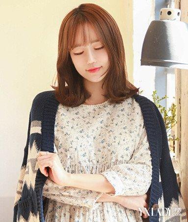 最新中长发烫发发型图片 韩式外翻式烫发正流行