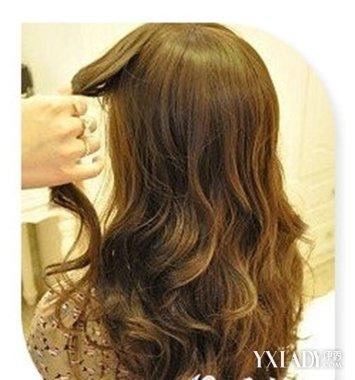 【图】芭比娃娃发型怎么梳好看 9步扎出漂亮芭比发型