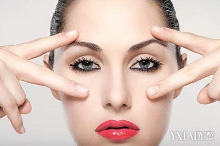 怎么画眼线显得眼睛大 三分钟让你拥有大眼睛图片