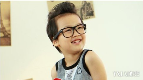 【图】时尚男儿童短发发型设计 小孩子也可以很帅气