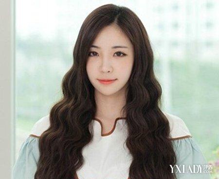 女人卷发型图片_韩国长烫卷发型图片风华绝美4_秀发沙龙_女
