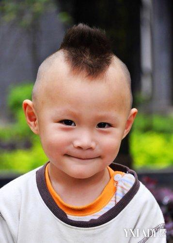 2岁小男孩发型图案 潮酷发型造型