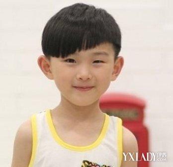 【图】韩版小男童星发型 儿童流行发型大全图片