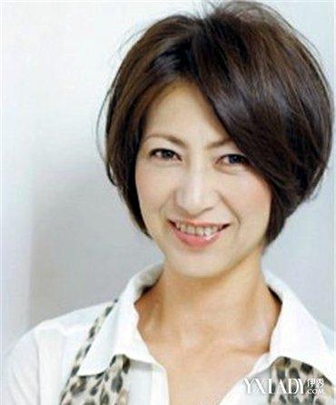 50岁女人短发最新发型_【图】中年女人短发发型图片 选对发色和发型显年轻