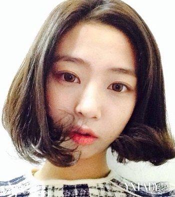 【图】发量多的发型适合女生齐肩短发烫冬天中长发发型图片