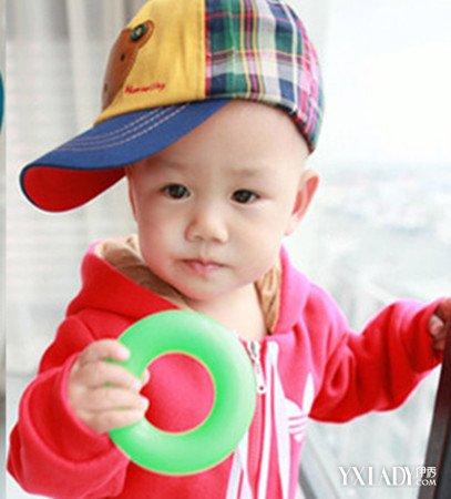 【图】一周岁男孩儿童发夹图片展示四款宝宝短发发型可用的发型图片