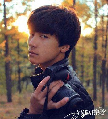 潮男青少年男生发型推荐 帅气十足韩式男发型图片