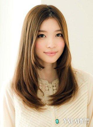 圆脸中分的发型图片 脸型配发型更完美