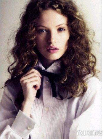 【图】长发螺丝烫图片欣赏 打造女性时尚魅力