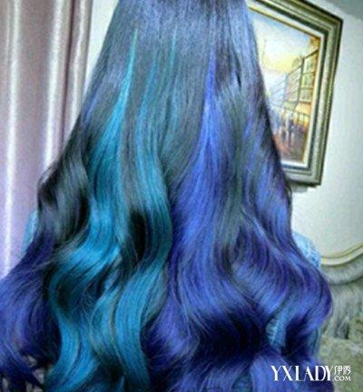 飘逸长发蓝色发型图片 展示四种独具女人为的发型图片