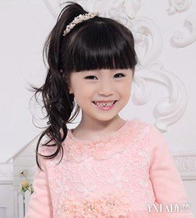 【图】幼儿发型绑扎方法