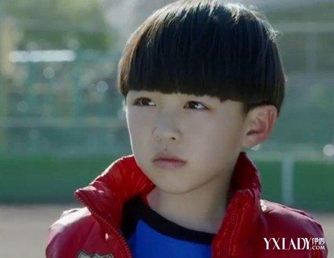 【图】适合小男男士的从小有哪些发型培养男孩子短头发刘海图片图片