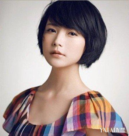 【图】女生胖圆脸斜分短发发型 几款发型让你妩媚又俏皮图片