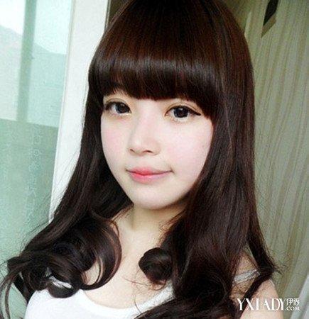 齐刘海头像女发型图片 齐刘海长发清新修颜图片