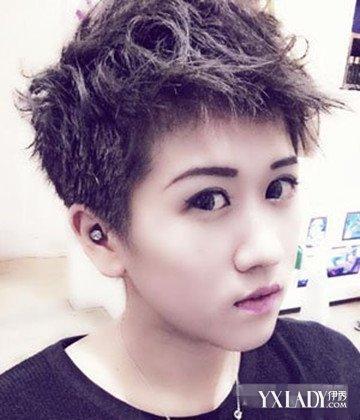 发型 流行发型 正文  3,假小子学生发型喜欢中性的女生就可以尝试这款图片