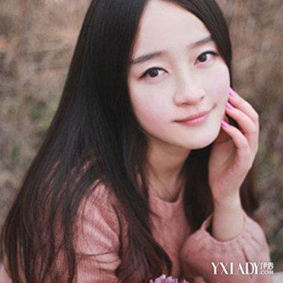 【图】圆脸直发中分发型图片 诠释清纯干练美