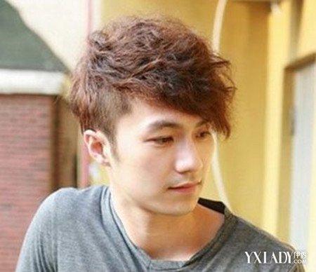 男生流行长发发型图片