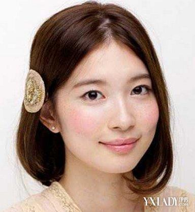 圆脸短发中分发型推荐 修颜又减龄图片